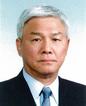 呉 龍夫・在日韓国人信用組合協会会長