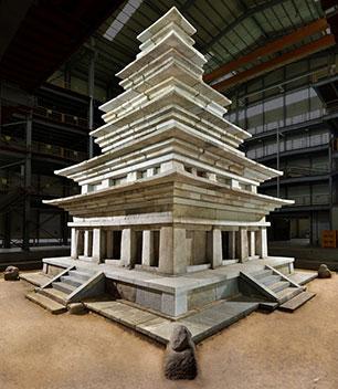 韓国最大最古の石塔復元