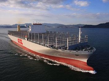 大型コンテナ船20隻中15隻を建造