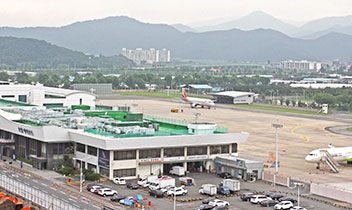 大邱国際空港を拡張