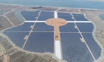 韓国最大の太陽光発電団地