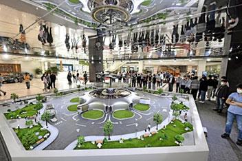 「未来都市ビジョン」を模型展示