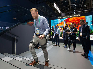 ウエアラブルロボットが国際認証